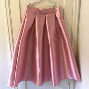 Chicwish Pink Satin Pleaded A-line Skirt XXL